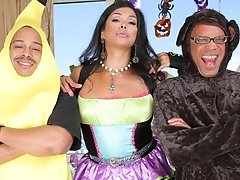 Keeping with the Halloween vibe we bring back the lovely Vaniity taking in 2 huge cocks in hardcore threesome